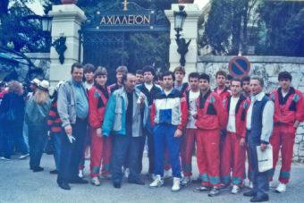 Μέρες Μαγιού του 1993 ανανέωνε τα «ραντεβού» της  η «Κοζάνη», για να κατακτήσει το τρόπαιο του Κυπέλλου Ελλάδος!…