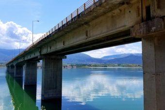 Λαϊκή Συσπείρωση προς Γ. Κασαπίδη: Με τη μεγάλη Γέφυρα των Σερβίων κανένας δε δικαιούται να παίζει και να κωλυσιεργεί